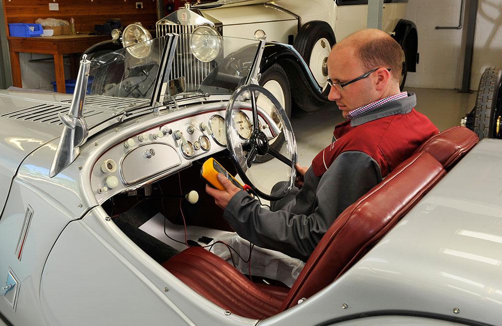 Vintage and veteran car servicing