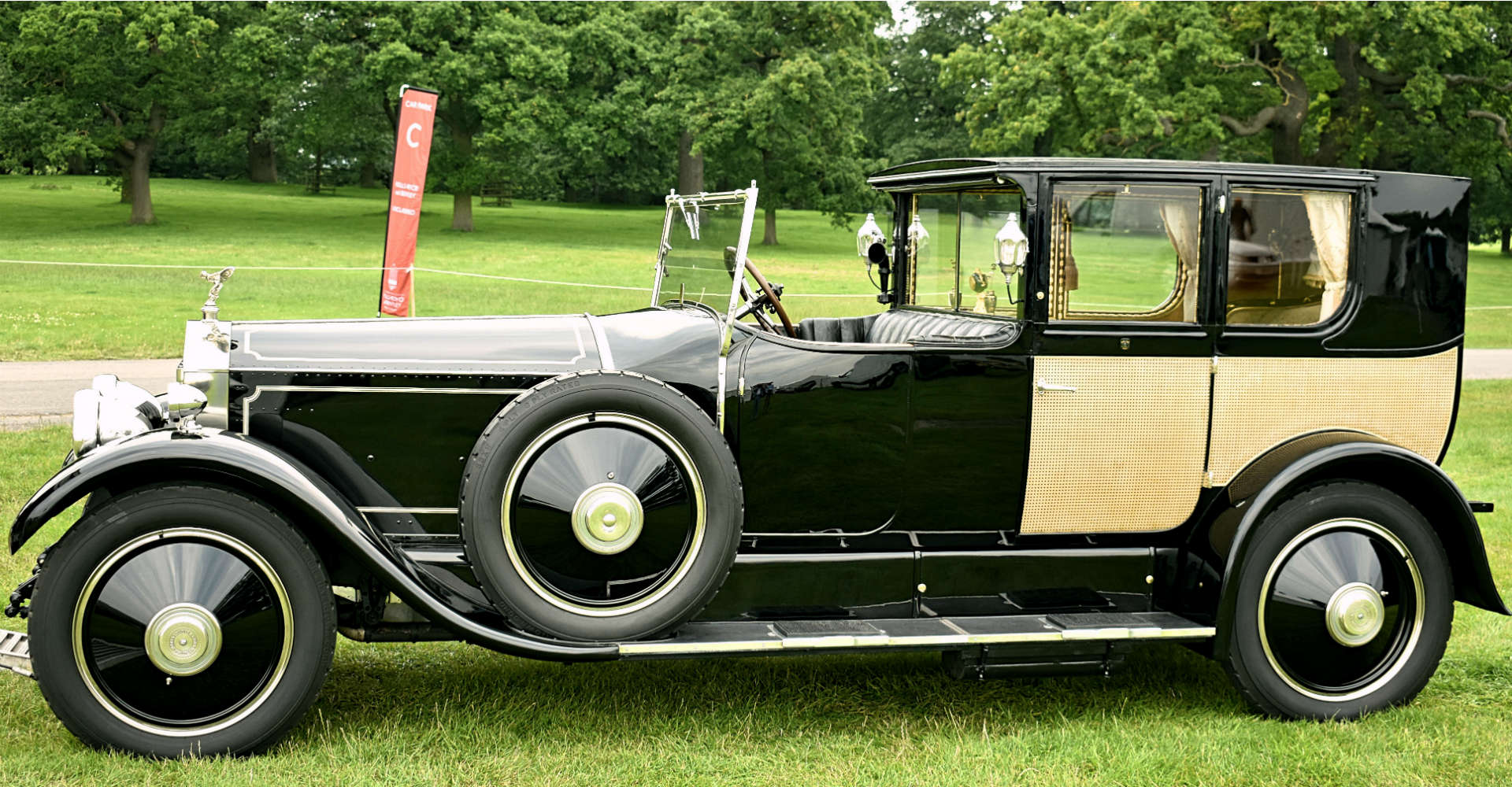 Rolls-Royce Phantom of Love